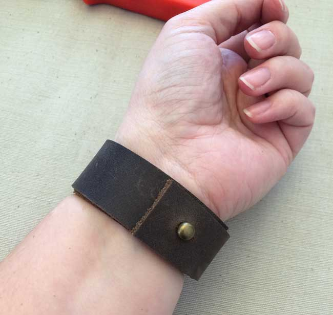 Make Your Own Leather Bracelet Easy