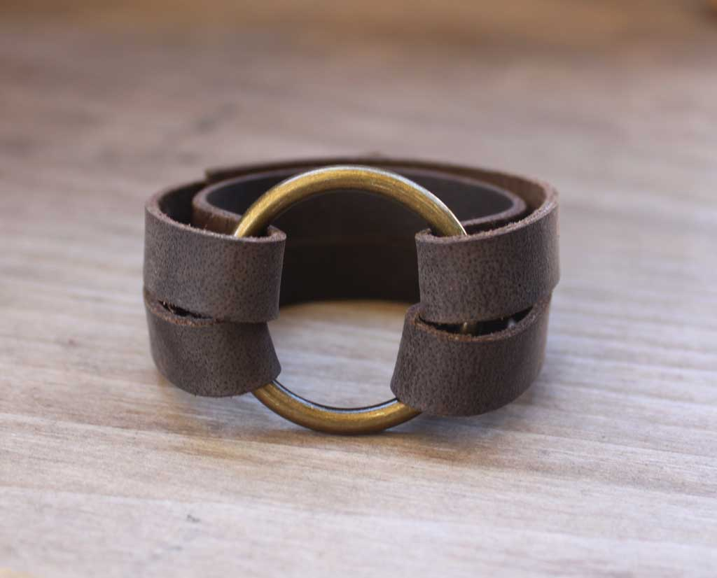 Diy Leather O Ring Bracelet Inspired By Joanna Gaines From